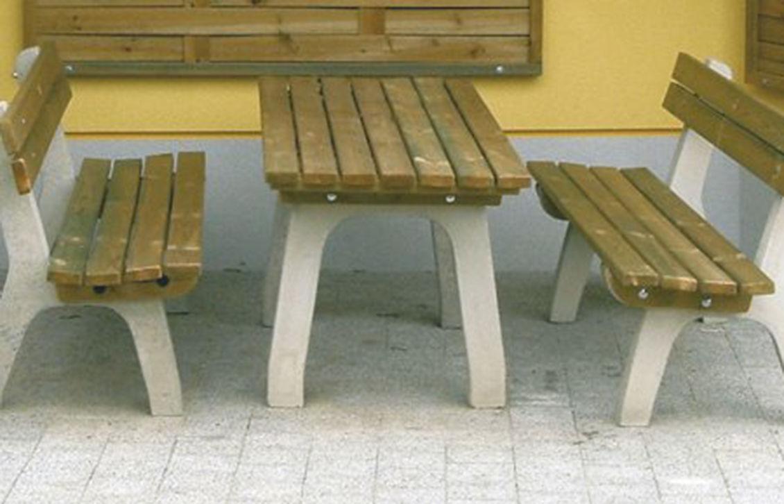 tisch und bank stadtpark. Black Bedroom Furniture Sets. Home Design Ideas